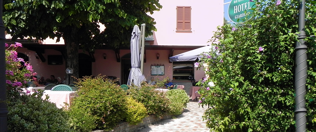 albergo-giardino-esterno-garden